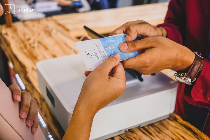 pembayaran menggunakan kartu debit dan kredit mudah dengan iSeller