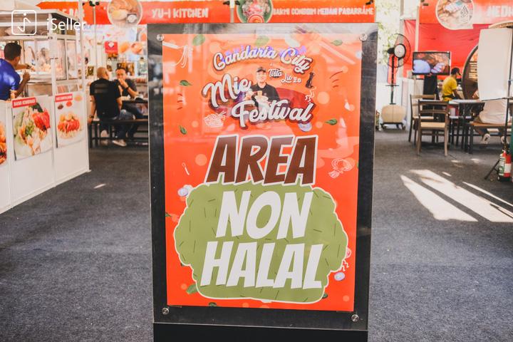 pemisahan area halal non-halal di festival bakmi tirta lie